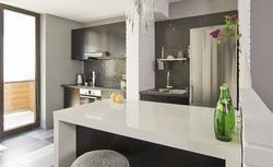 Czarno-biała kuchnia - nowoczesne aranżacje białych kuchni z czarnym akcentem. ZDJĘCIA