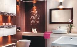 Płytki łazienkowe z motywem kwiatowym. Zobacz aranżację łazienki w 8 odsłonach
