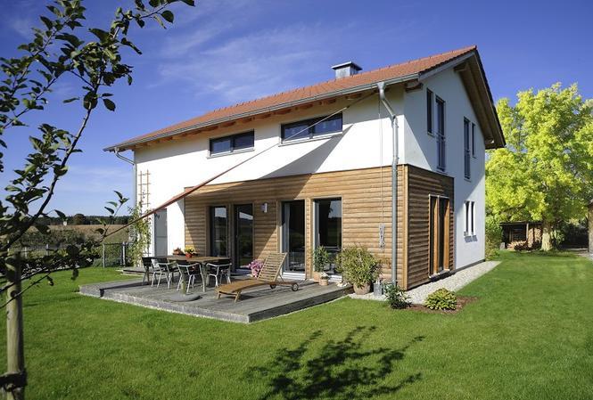 Dom z elewacją drewnianą