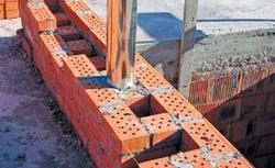 Budowa przewodu kominowego. Zobacz jak buduje się kominy spalinowe i kominy wentylacyjne