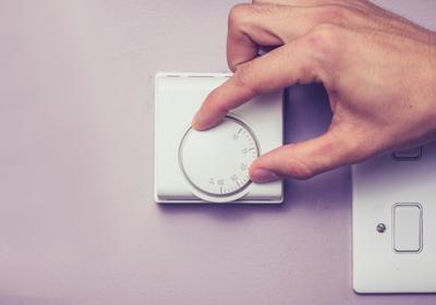 Regulacja temperatury w domu. Gdzie montować termostaty?